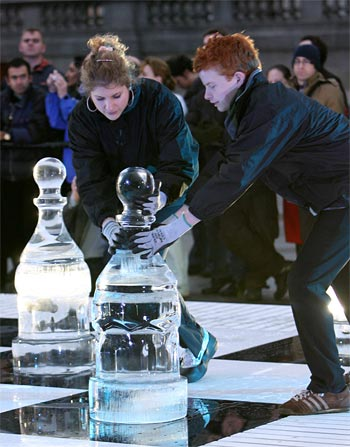 Callum Kilpatrick and Jovanka Houska, Ice Chess, London, January 2007
